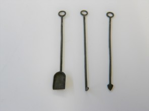 Kohleschaufel und Schürhaken -Set, Messingguss, brüniert